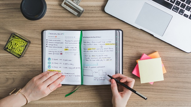 【まとめ記事】忙しい人は必見!資格勉強にオンスクを利用すべき理由とおすすめの講座3選を一挙紹介