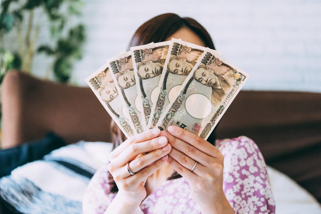 主婦が副業を選ぶときのコツとおすすめの副業5選を一挙紹介!